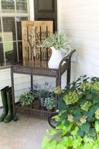 21 Stunning Farmhouse Front Porch Decor Ideas 21