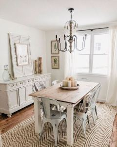 21 Totally Inspiring Small Dining Room Table Decor Ideas 08