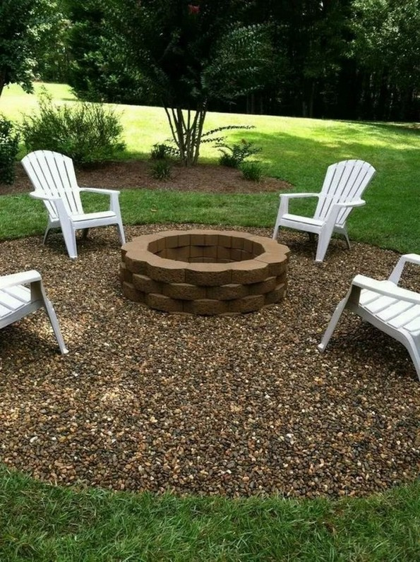 15 Awesome Winter Patio Decorating Ideas With Fire Pit – Making Your Patio Warm And Cozy 07