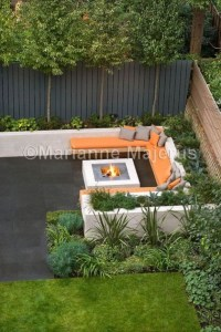 16 Awesome Winter Patio Decorating Ideas With Fire Pit 11