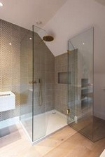 16 The Best Shower Enclosures 14