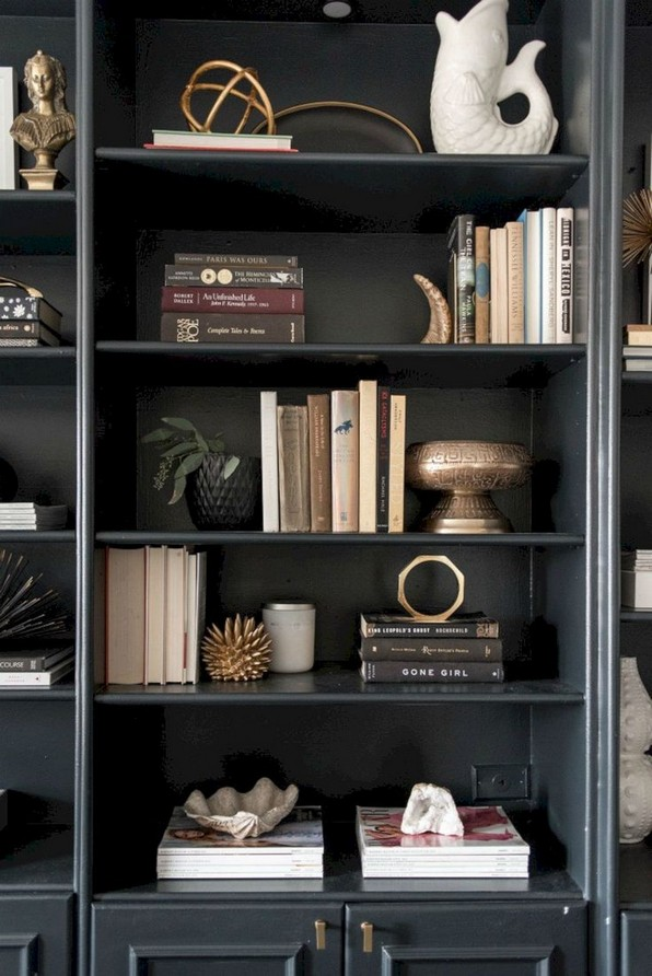 17 Bookshelf Organization Ideas – How To Organize Your Bookshelf 17