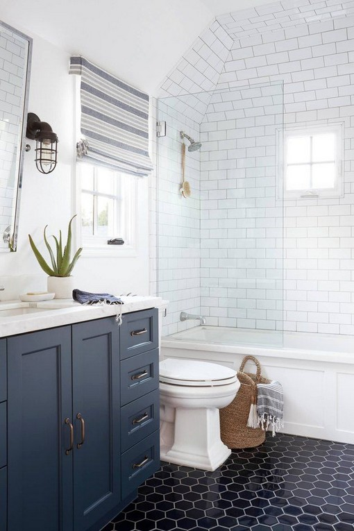 18 Best Bathroom Tile Ideas 15