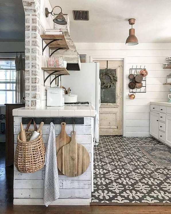 18 Farmhouse Kitchen Ideas On A Budget 20