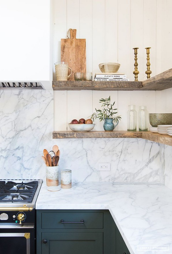 18 Luxury Corner Shelves Ideas 23