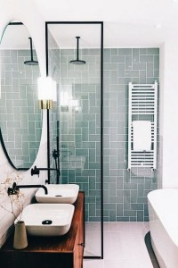 17 Awesome Small Bathroom Tile Ideas 01