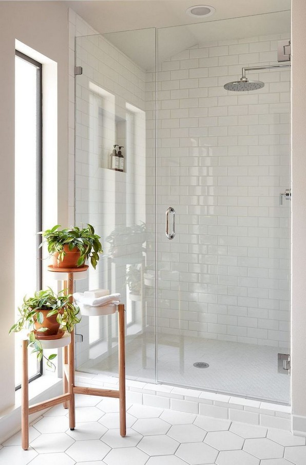 17 Awesome Small Bathroom Tile Ideas 13