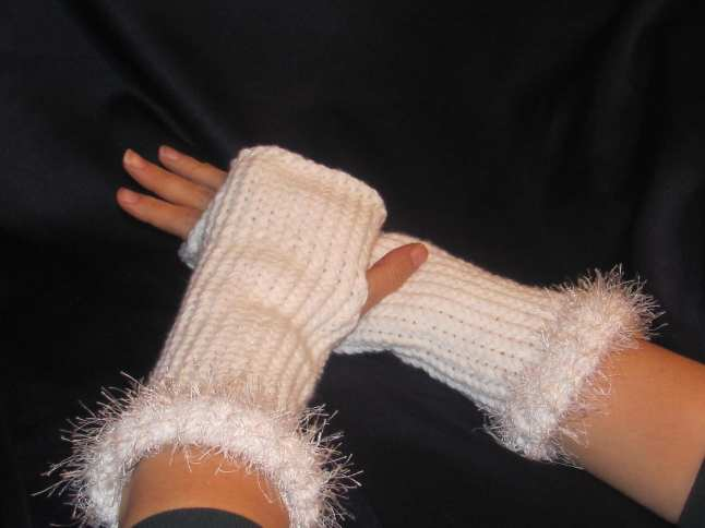 Cuffed Fingerless Gloves – Medium 2