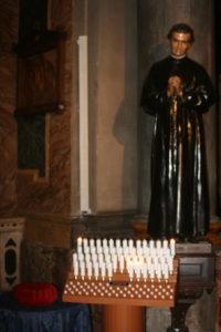 Diffusore a colonna a lunga gittata (15/18 mt) installato in chiesa
