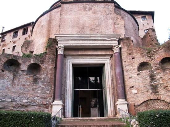 ritratti romani tempio di romolo