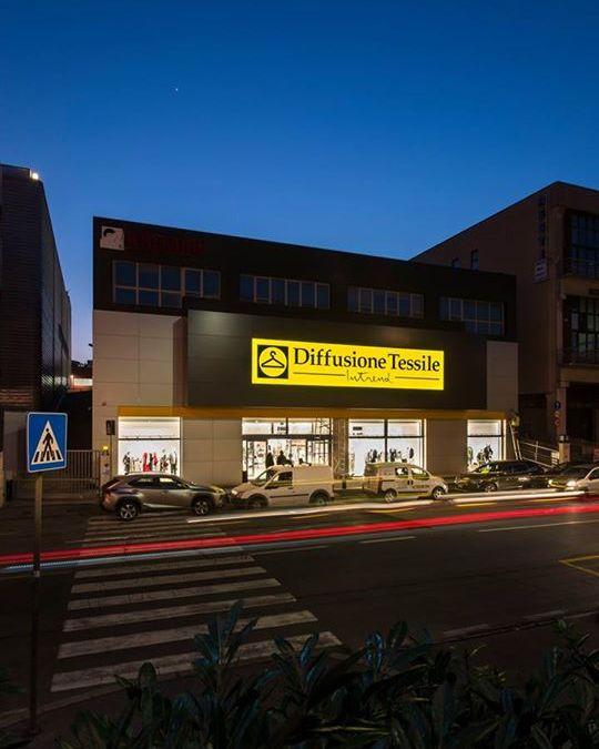 Ecco alcune foto del nuovo punto vendita di Diffusione Tessile