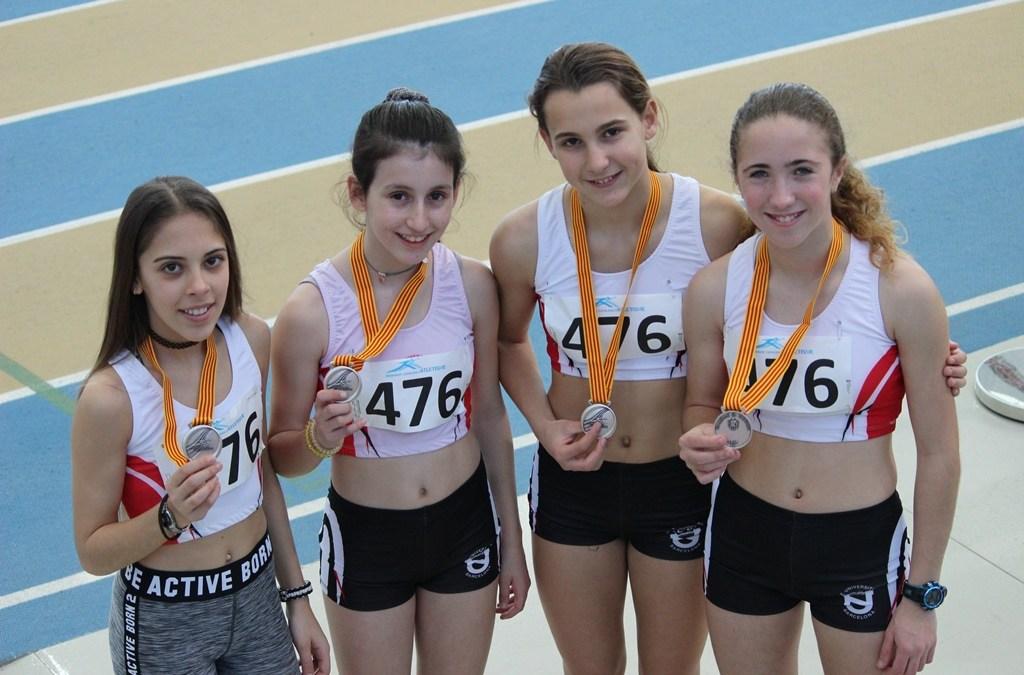 L'equip Sub14 Sots-campiones de Catalunya de Relleus 4×200