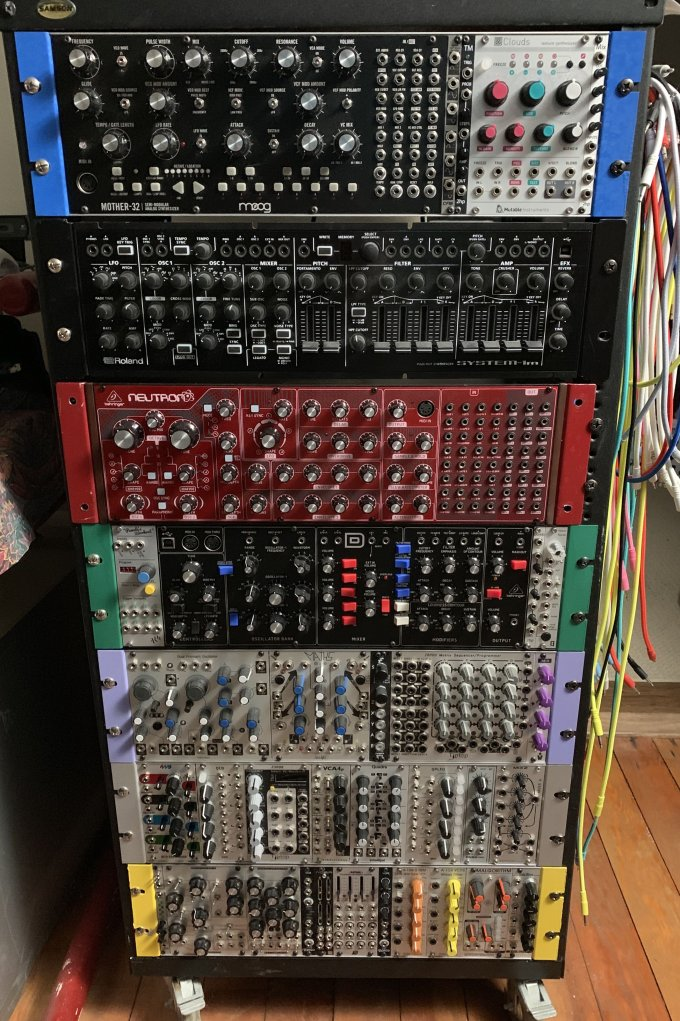 Girlfriend modular synthesizer
