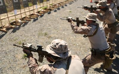 Watch: 1st Marine Division Reconnaissance Battalion | Weapon Transitions