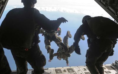 'Leap of faith: 2nd Recon takes the dive'