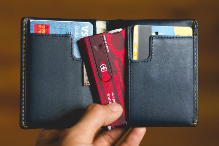 10 Best EDC Card Tools for Your Wallet