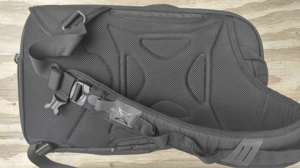The Vertx Commuter Sling Bag | First Look