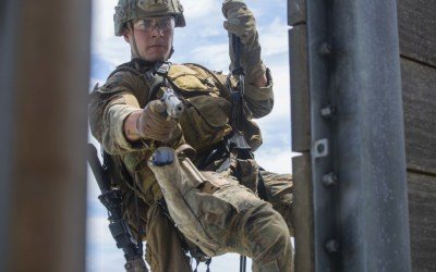 Loadout Room photo of the day | 31st MEU Recon Marines Rappel for Practice