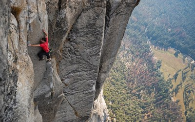 When Extreme Adventure and Passion meet | Free Solo - Trailer