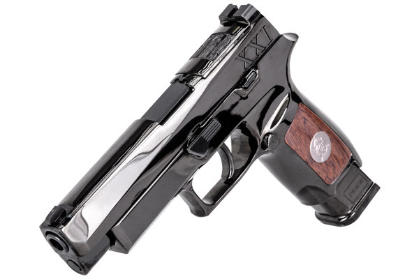 SIG SAUER to Present Ceremonial M17 Pistols for the Tomb of the Unknown Soldier