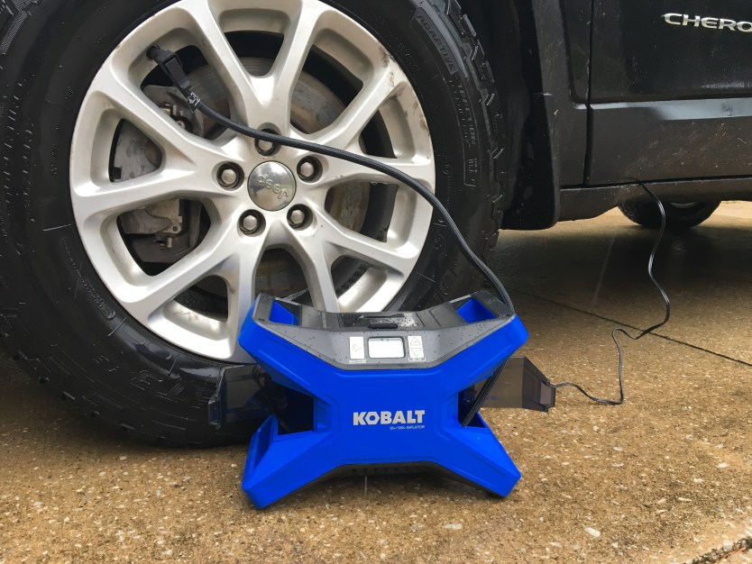 Kobalt 12-Volt/120-Volt Portable Air Compressor
