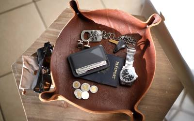Quick look at the Crate Club everyday carry leather tray
