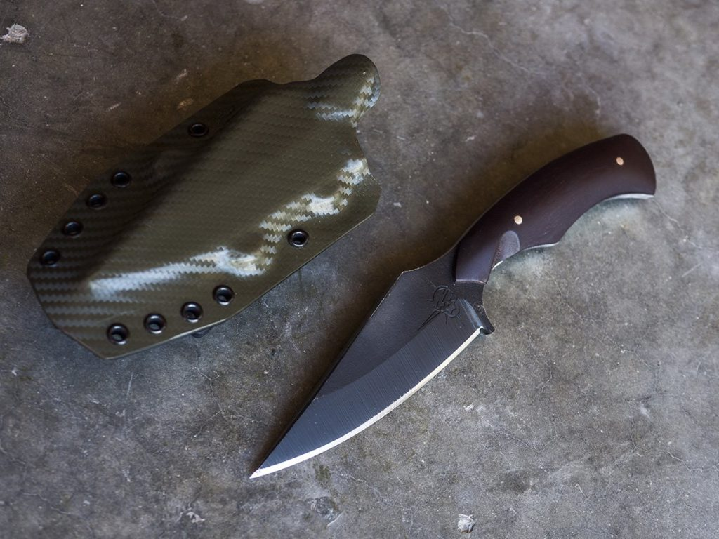 Toor Knives Raider: Designed to be the perfect belt utility blade