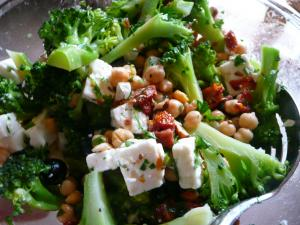 Broccoli, feta and chickpea salad