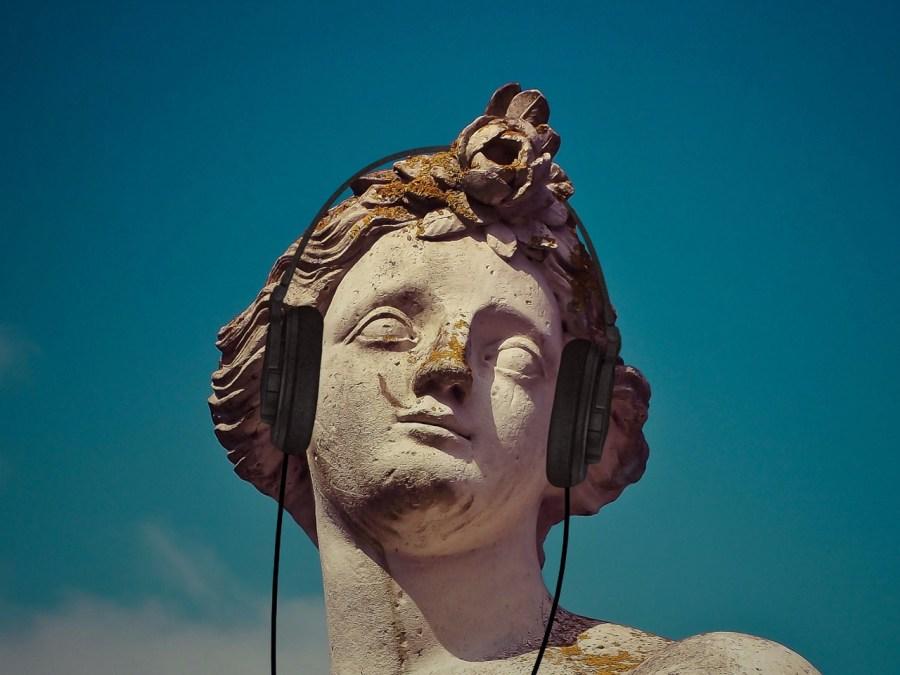 statue-1558457_1280