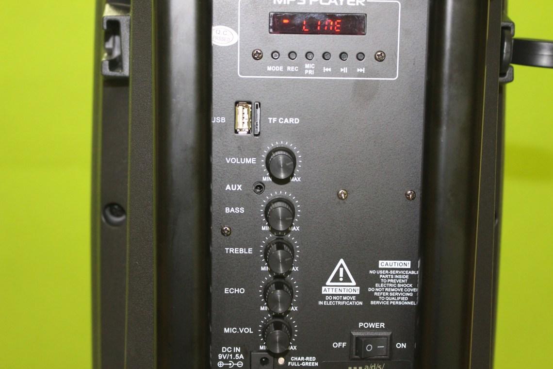 Mặt sau loa kéo TW08A