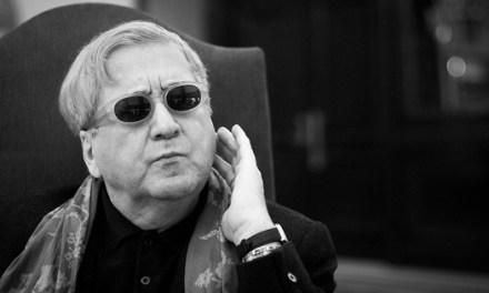 """Luis Antonio de Villena: """"Inicio y retorno de la literatura LGTB en España"""""""