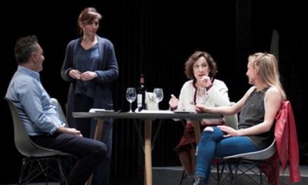 «Los Universos Paralelos» llega al Teatro Chapí de Villena para hablarnos de ese dolor sin nombre