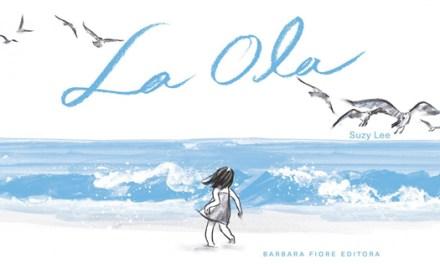 """La impresionante simplicidad de las ilustraciones de acuarela de Suzy Lee en """"La Ola"""""""