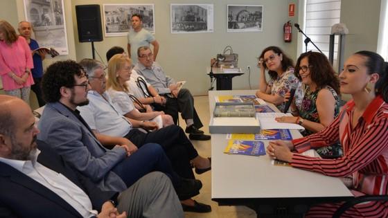 Exposición de Postales de las Hogueras 1928-1936 en el Archivo Municipal del legado donado por la familia Correa