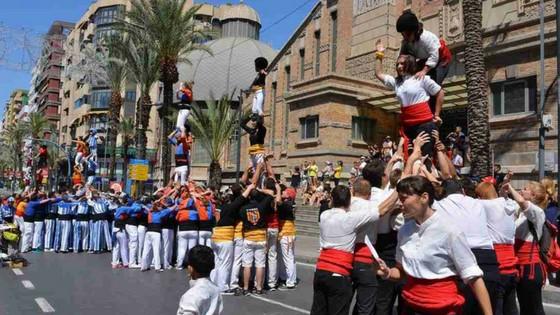 Día grande de Les Muixerangues en Alicante