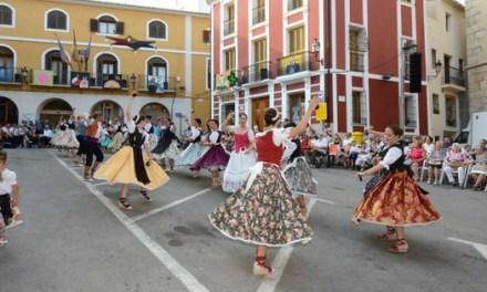 Éxito de participación en los actos de Les Danses de Sant Jaume en Callosa d'en Sarrià