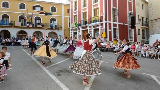 Èxit de participació en els actes de Les Danses de Sant Jaume a Callosa d'en Sarrià
