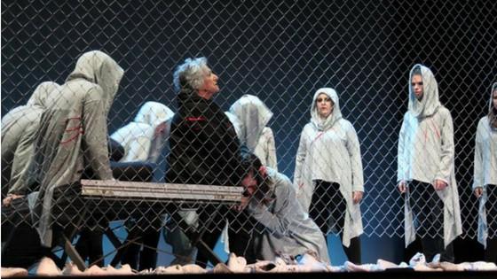 La obra Hécuba de Eurípides este sábado con ración doble en la provincia de Alicante