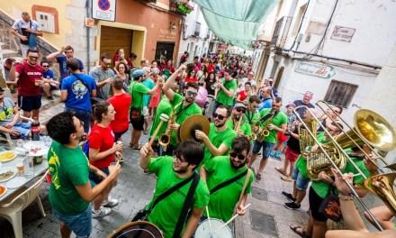 Huí comencen les festes patronals de Finestrat amb tradició, pólvora, música i actes per a tots els públics
