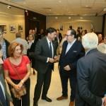 El alcalde de Alicante, Luis Barcala, valora la riqueza patrimonial y turística de la Semana Santa en la inauguración del XIX Concurso Fotográfico de la Junta Mayor