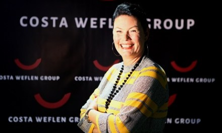 L'empresària Hilde Jeanette Weflen va inaugurar el seu nou espai exclusiu a Alacant que ve amb art