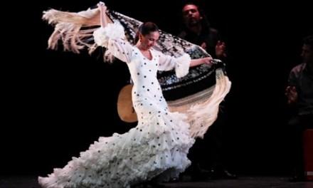 """Flamenco íntimo en el Chapí de Villena con Isabel Bayón y su espectáculo """"Lo esencial"""""""