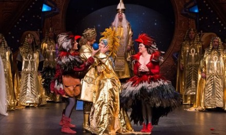 L'òpera La Flauta Màgica de Mozart, amb ambientació a l'estil 'stargate' en l'Auditori de Torrevieja
