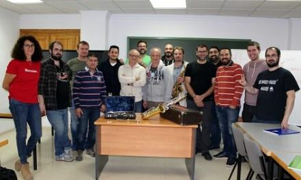 Callosa d'en Sarrià acull el primer seminari nacional de tècnics i reparadors d'instruments
