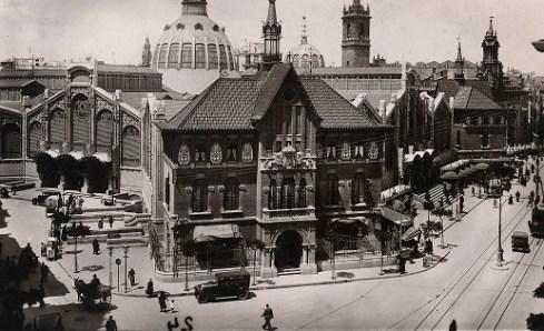 Edificio de la Longeta, actual sede de la Fundacion Caja del Mediterraneo. Foto: Colección José Aleixandre