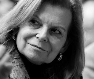 L'escriptora i acadèmica de la llengua Carme Riera imparteix un taller de narrativa en la Seu Universitària de Petrer