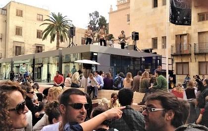 """El edificio municipal El Claustro de Alicante acogerá en su azotea el concierto de """"The Liverpool Band"""""""