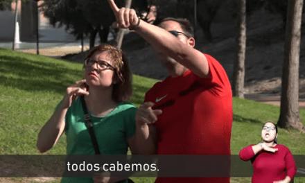 ¿Sabrías reconocer a una persona sorda? Esta es la pregunta que nos hace la Associació de Persones Sordes de l'Alacantí