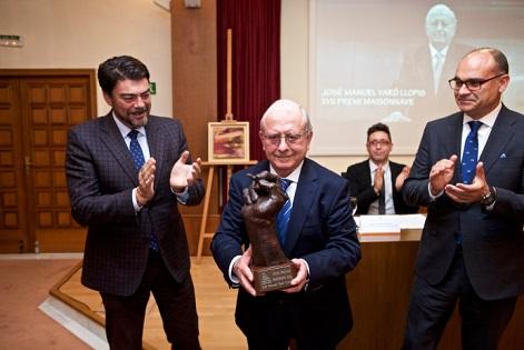 El XVII Premi Maisonnave de la Universitat d'Alacant reconeix la visió gastronòmica del mestre cuiner José Manuel Varó