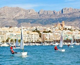 Turisme CV elige Altea para desarrollar sus programas sobre turismo náutico y de buceo a nivel autonómico